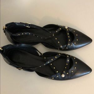 14th & Union black pointed toe flats, never worn